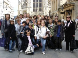STUDENT TRIP TO BRISTOL - IBS of Provence - International Bilingual School of Provence