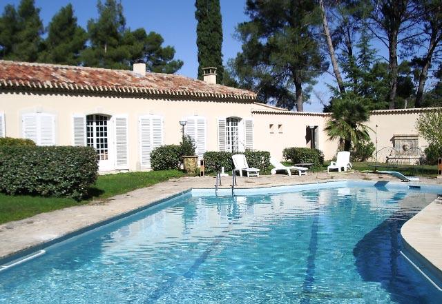 Internat - IBS of Provence - Mas Piscine