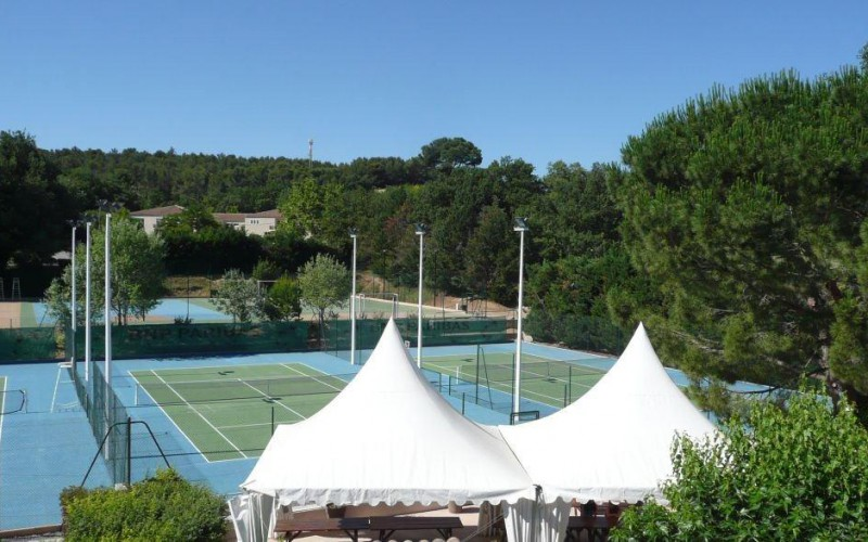 School life - IBS of Provence - Tennis